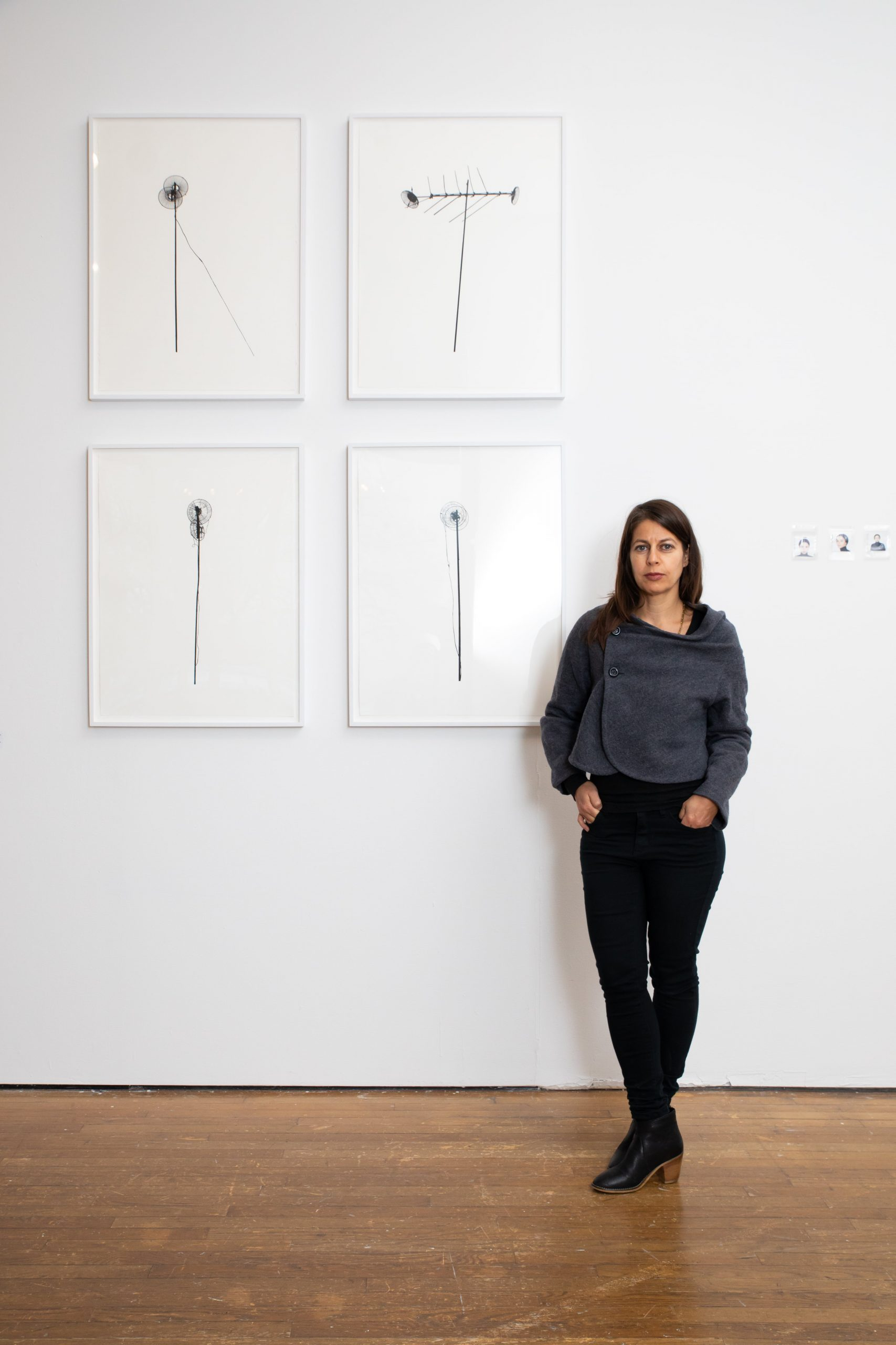 "Esperanza Mayobre with her work, ""Antenas de Golindano"""